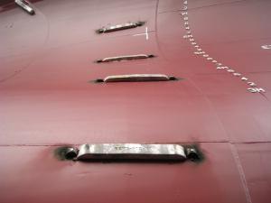 Hull_grip_on_vessel